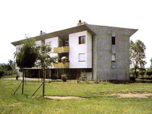 Edificio per 8 alloggi di edilizia economico-popolare