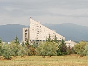 Edificio per appartamenti tipologia a triangolo