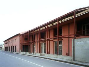 Rigenerazione e conversione commerciale ex-distilleria Faustella
